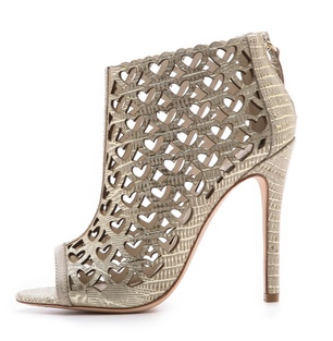 Laser-cut Heart Booties from alice + olivia || The Shoe Dish