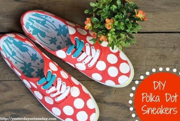 Painted Sneakers DIY || The Shoe Dish