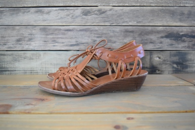 8 Shoes Every Woman Should Own || The Shoe Dish